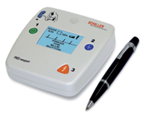 Schiller Fred Easyport Defibrillator with ECG on-screen